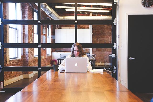 Webhosting Arbeitstisch